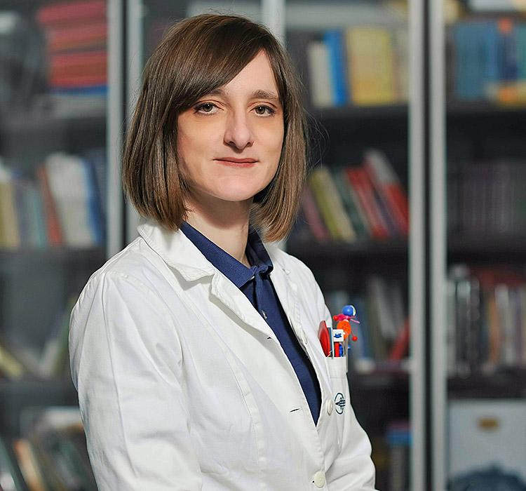 doc.dr.sc. Ivana Mravičić, specijalist oftalmolog, subspecijalist dječje oftalmologije i strabologije